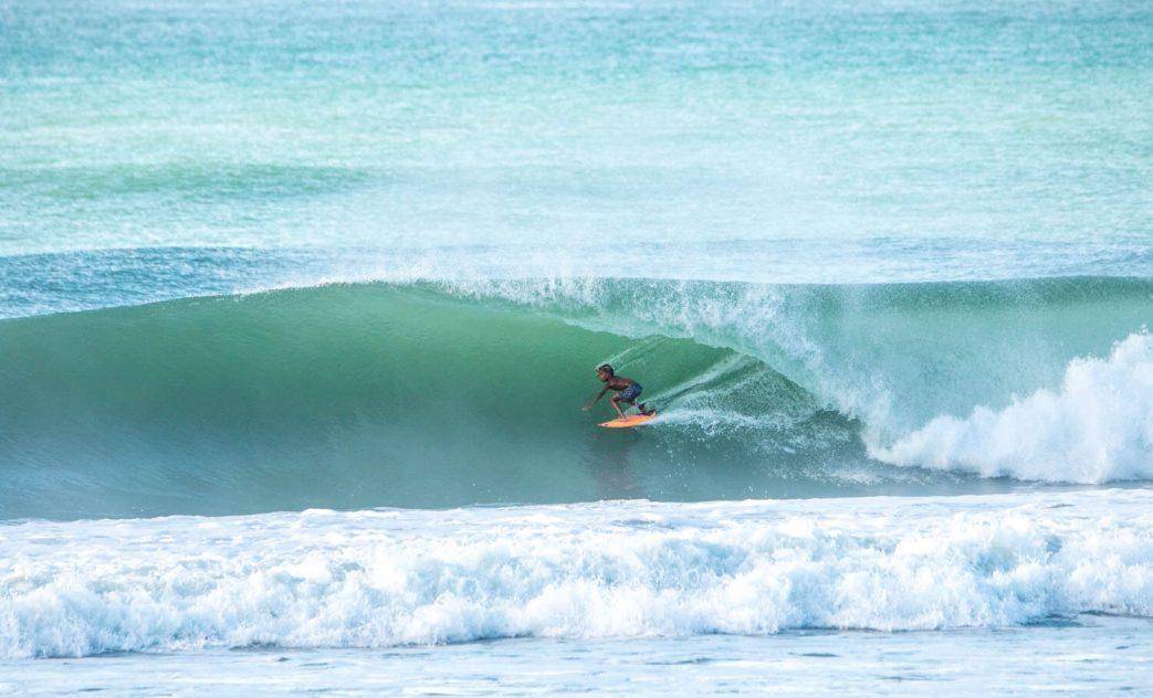 Arthur Vilar, Swell na Praia do Francês, Marechal Deodoro, Alagoas. Foto: Lucas Palma / @lucasrodriguespalma