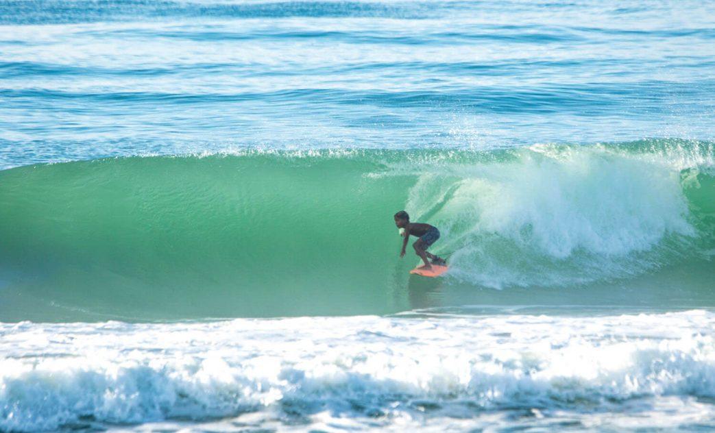 Arthur Vilar, Swell na Praia do Francês, Marechal Deodoro, Alagoas, Maceió, Ondas, Tubos. Foto: Lucas Rodrigues / @lucasrodriguespalma