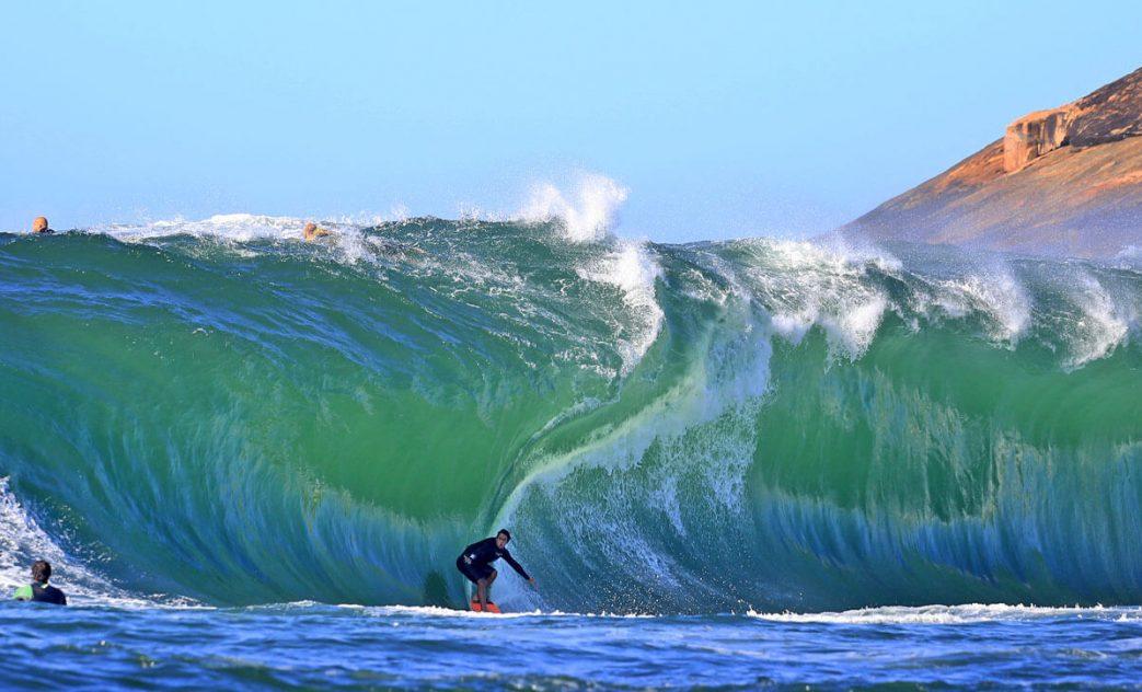 Gabriel Sampaio, Big Swell na Ilha Mãe, Niterói (RJ), Ondas Grandes. Foto: Tony DAndrea / Itacoatiara Big Wave