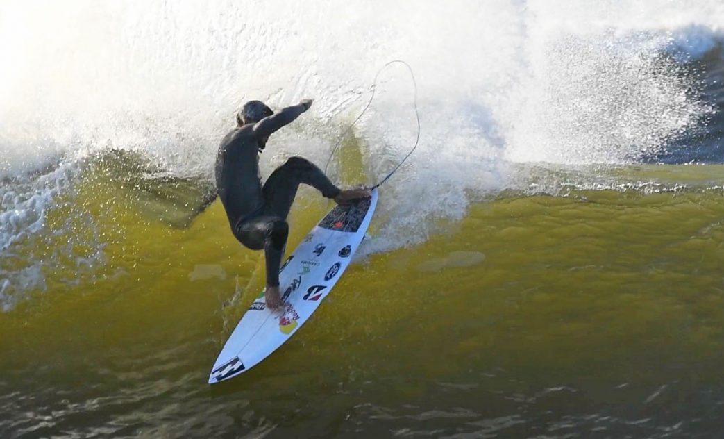 Italo Ferreira, Merewether Beach, Newcastle, Austrália. Frame: Shane Blue