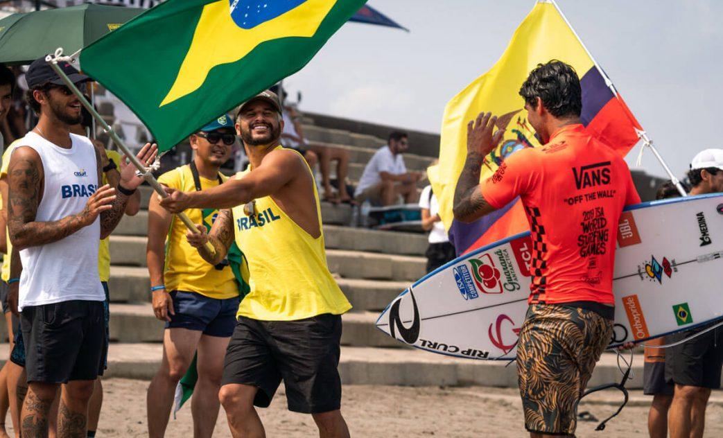 Gabriel Medina e Italo Ferreira, ISA World Surfing Games 2019, Miyazaki, Japão. Foto: ISA / Evans