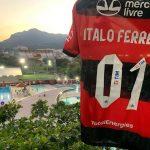 Flamengo lança camisa especial em homenagem ao surfista Italo Ferreira, medalha de ouro nos Jogos de Tóquio, Japão. Foto: Divulgação Flamengo