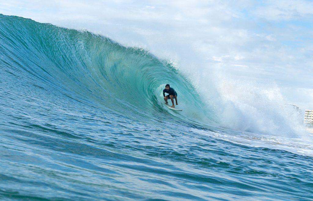 Tito Cézar, Kirra, Gold Coast, Queensland, Austrália. Foto: Lucas Palma / @skids.com.br