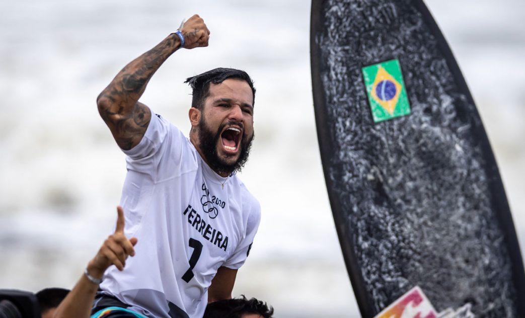 O PRIMEIRO OURO DA HISTÓRIA DO SURF NAS OLIMPÍADAS