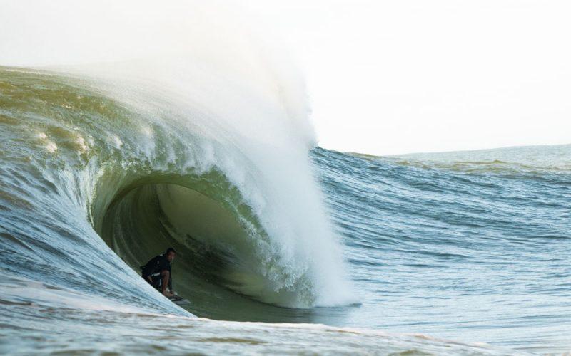 Gabriel Sampaio, Swell na Laje da Avalanche, Vila Velha (ES), Ondas Grandes no Brasil, Big Waves, Slabs. Foto: Keale Lemos