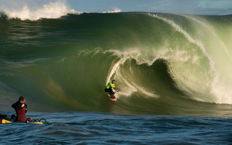 Lucas Medeiros, Swell na Laje da Avalanche, Vila Velha (ES), Ondas Grandes no Brasil, Big Waves, Slabs. Foto: Keale Lemos
