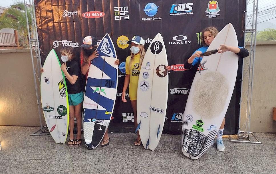 Carol Bastides, Filipe Toledo Kid's on Fire 2021, Praia Grande, Ubatuba (SP). Foto: Juliana Teixeira
