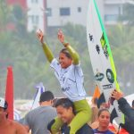 Carol Bastides, Circuito Sculp APGS de Surf 2021, Praia do Boqueirão, Praia Grande (SP). Foto: Victor Surflines